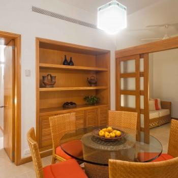 Comedor Apartamento Tipo 2B (1301) — Hotel Irotama del Sol, Santa Marta (Colombia) www.irotama.com. Fotógrafo Mario Carvajal (www.mariocarvajal.com) - Astrolabio, fotografía de hoteles (www.astrolabio.com.co)